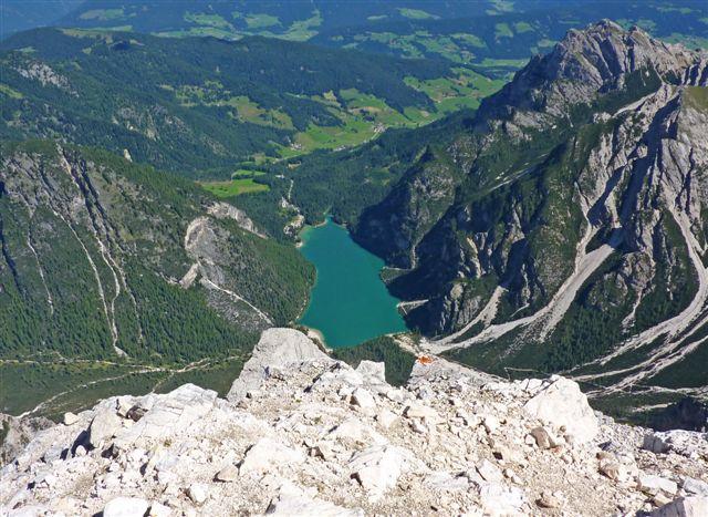 14-il lago di Braies dalla cima della Croda di Beco